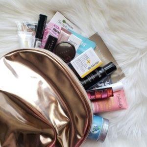 NIB Ulta Makeup Sampler w/ Rose Gold Makeup Bag